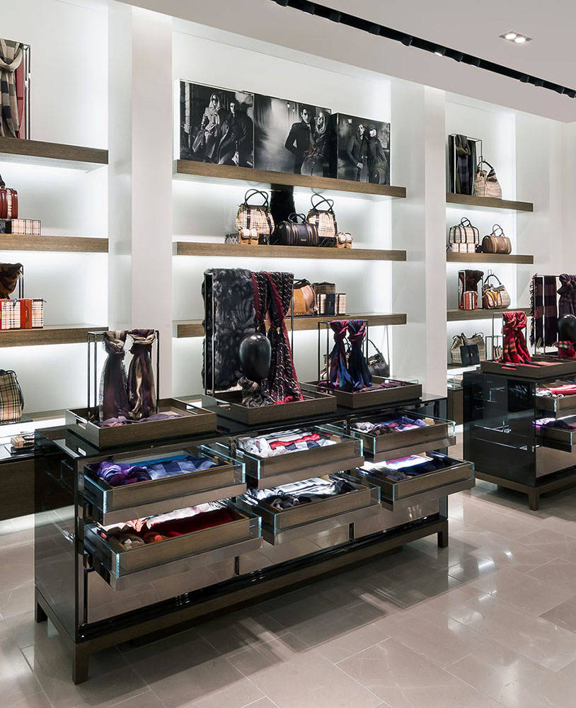 Furniture Retail Stores: High End Wood Clothing Shop Display Equipment