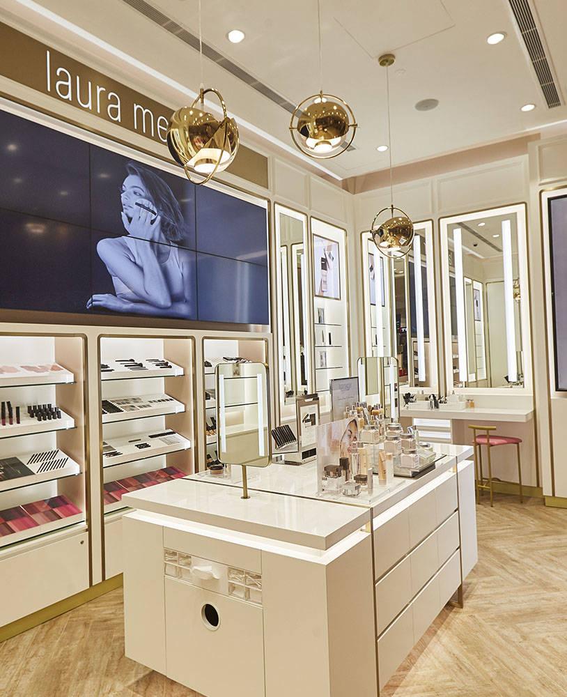 Retail Custom Cosmetic Shop Interior Decoration - Spark ...