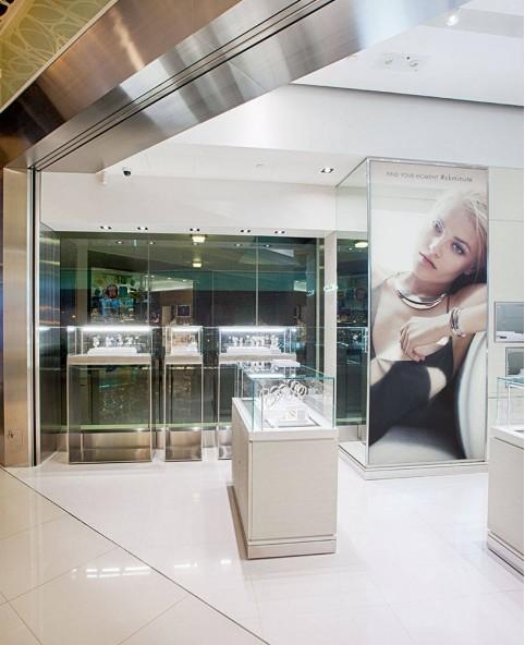 Creative Watch Shop Interior Design
