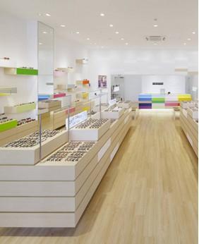 Creative Optical Shop Display Counter