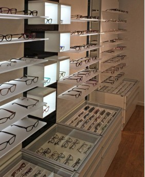 High End Retail New Optical Shop Display Ideas
