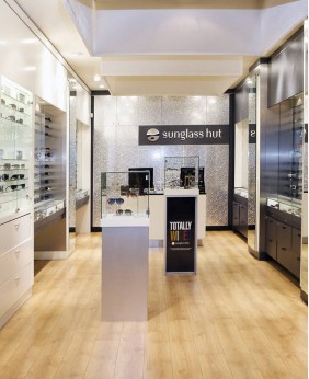 Creative Retail Eyewear Store Design