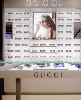 Creative Retail New Optical Display Engineering