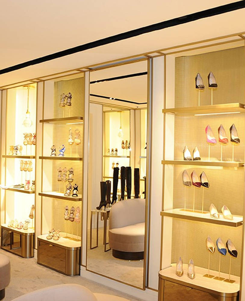 High End Furniture For Shoe Store