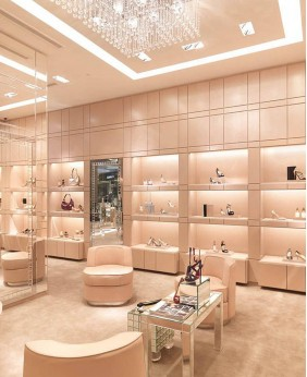 High End Shoe Store Furniture