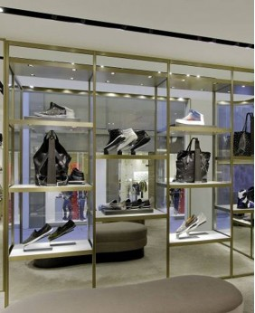 High End Shoe Store Design